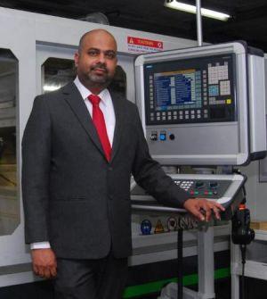 Директор по международным продажам г-н Шитеч  Чандлер ТМ Тотем (Индия)